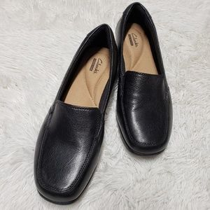 Clarks Collection Black Slip On Shoes Size 7.5